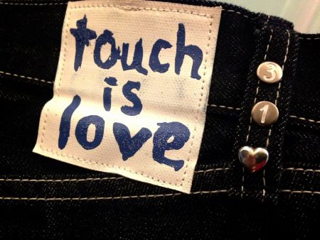 touch-is-love-jeans_539